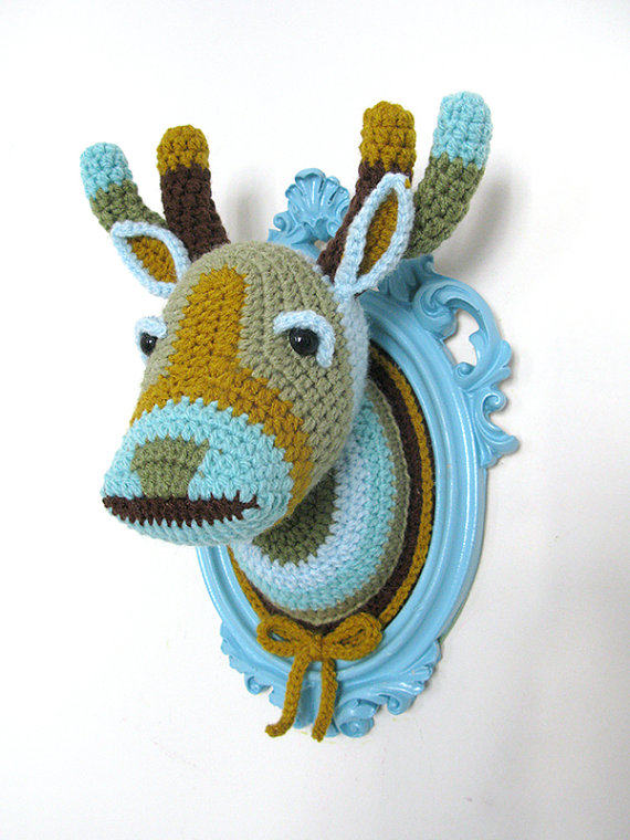 crochet deer head taxidermy