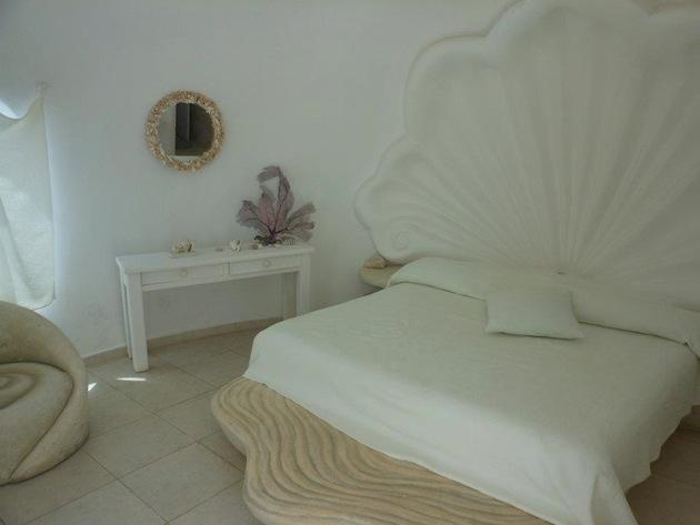 seashell house bed mexico