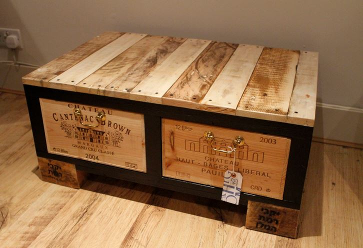 coffee table | champagne storage crate coffee table