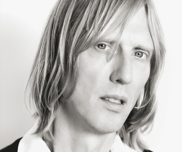 eric erlandson claimed kurt cobain wrote an unreleased solo album