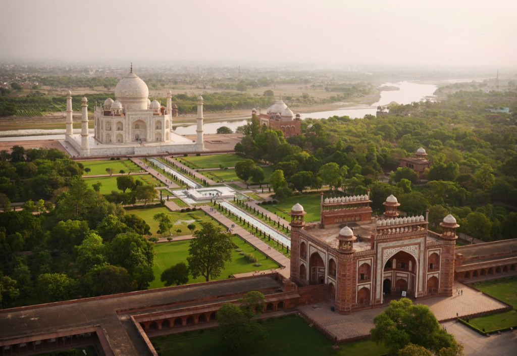 taj mahal drone photography