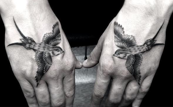 tattoobirdhands