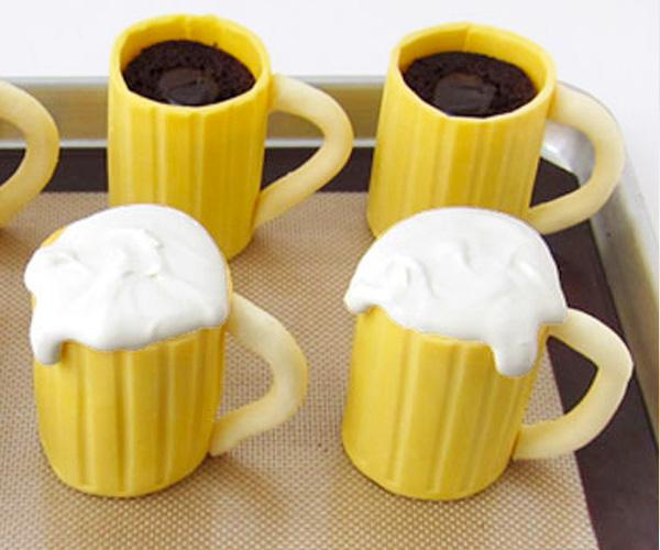 beer-mug-cupcake