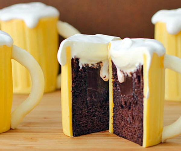 beer-mug-cupcakes