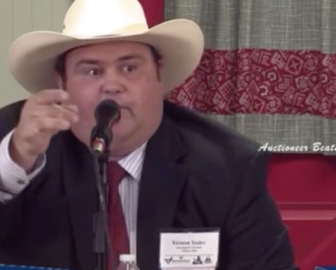 fast-talking-auctioneer