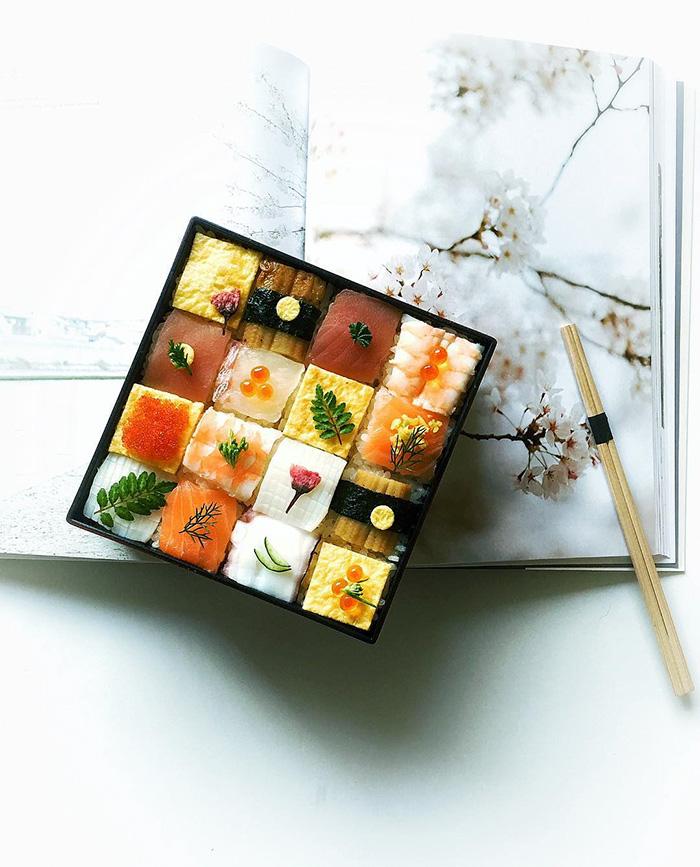 2-mosaic-sushi