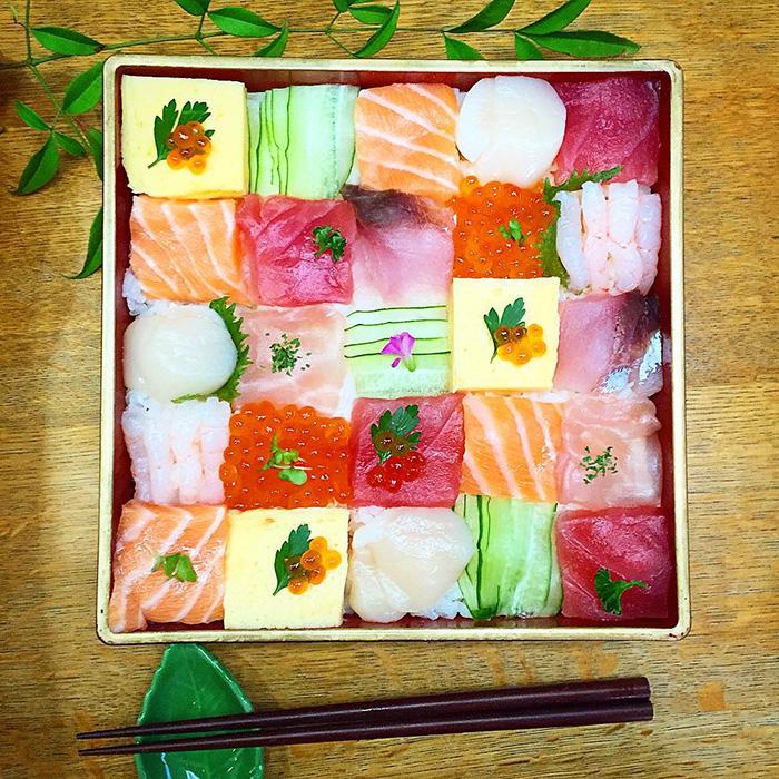 7-mosaic-sushi